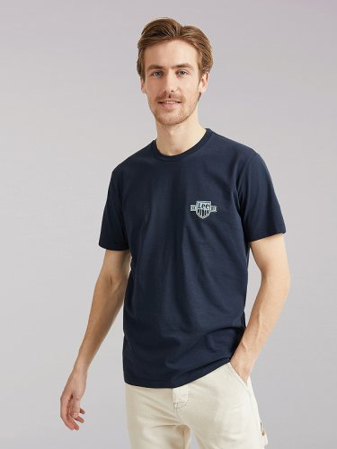 Men's Lee European Collection Logo Tee in Sky Captain