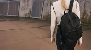 ECCO Casper Small Backpack | Unisex Casual Bags | ECCO Shoes